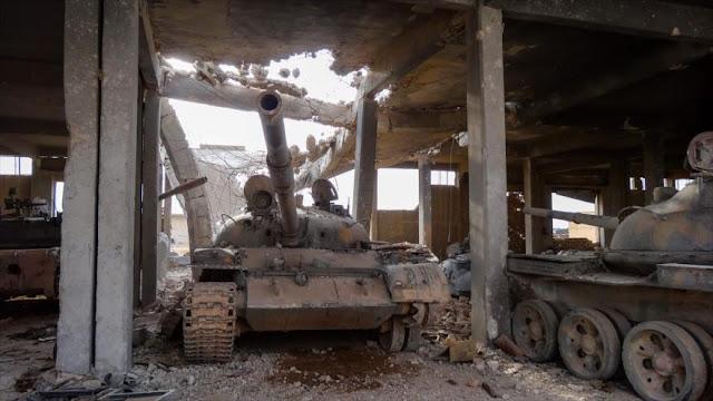 Más de 1200 sirios huyen de zona controlada por Daesh en Hama