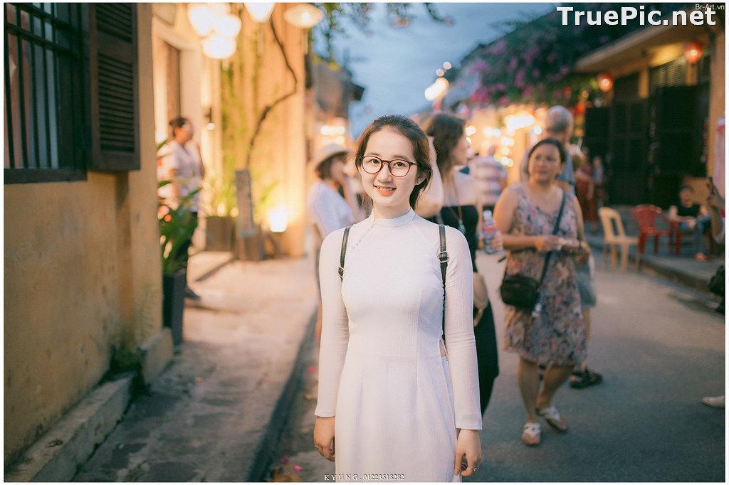 Image Vietnamese Cute Girl - Vo Xuan Chau - Ao Dai at Hoi An - TruePic.net - Picture-1