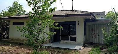 Tampak Depan Rumah Murah Bangunan Lama Luas Tanah 420 m2 Dekat RS Adam Malik Medan Tuntungan Sumatera Utara