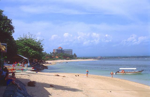 Wisata Nusantara di Pantai Sanur Bali