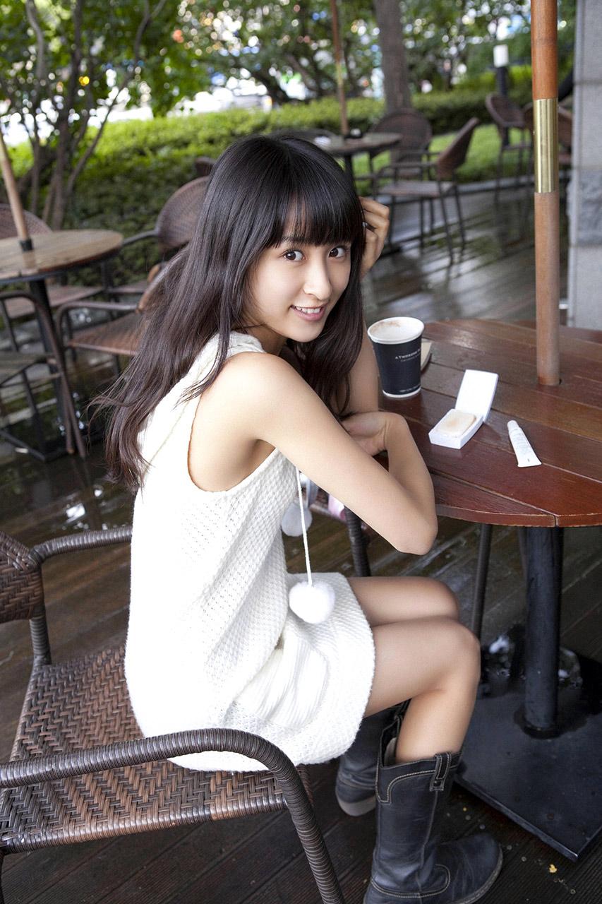 mai lriya sexy nude pics 04