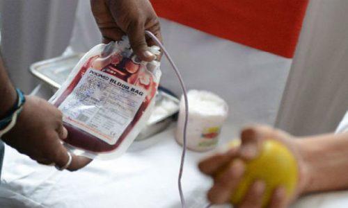 Σημαντική μείωση καταγράφεται στα αποθέματα αίματος καθώς στο γεγονός αυτό συντελεί η πανδημία.
