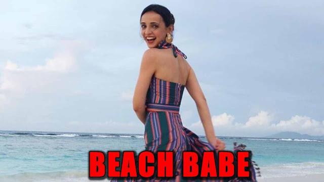 WOW! Sanaya Irani slaying beach pics giving us reminder of Summers on the way