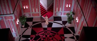 Dunia Sinema Suspiria 1977 Interior Megah Apartemen