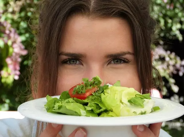Foods that protect eye health and are great for the eyes