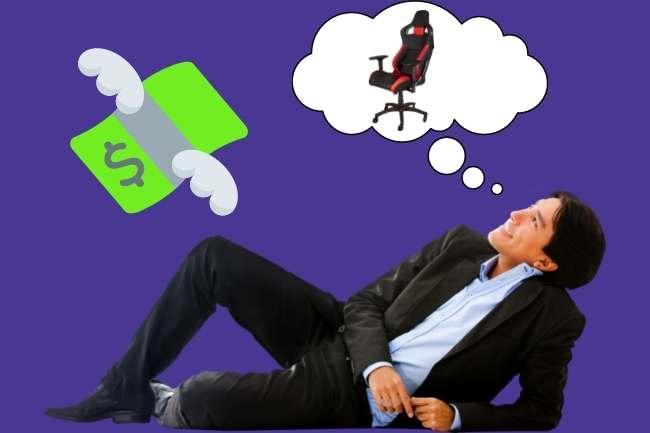 Homem sonhando com uma cadeira gamer barata