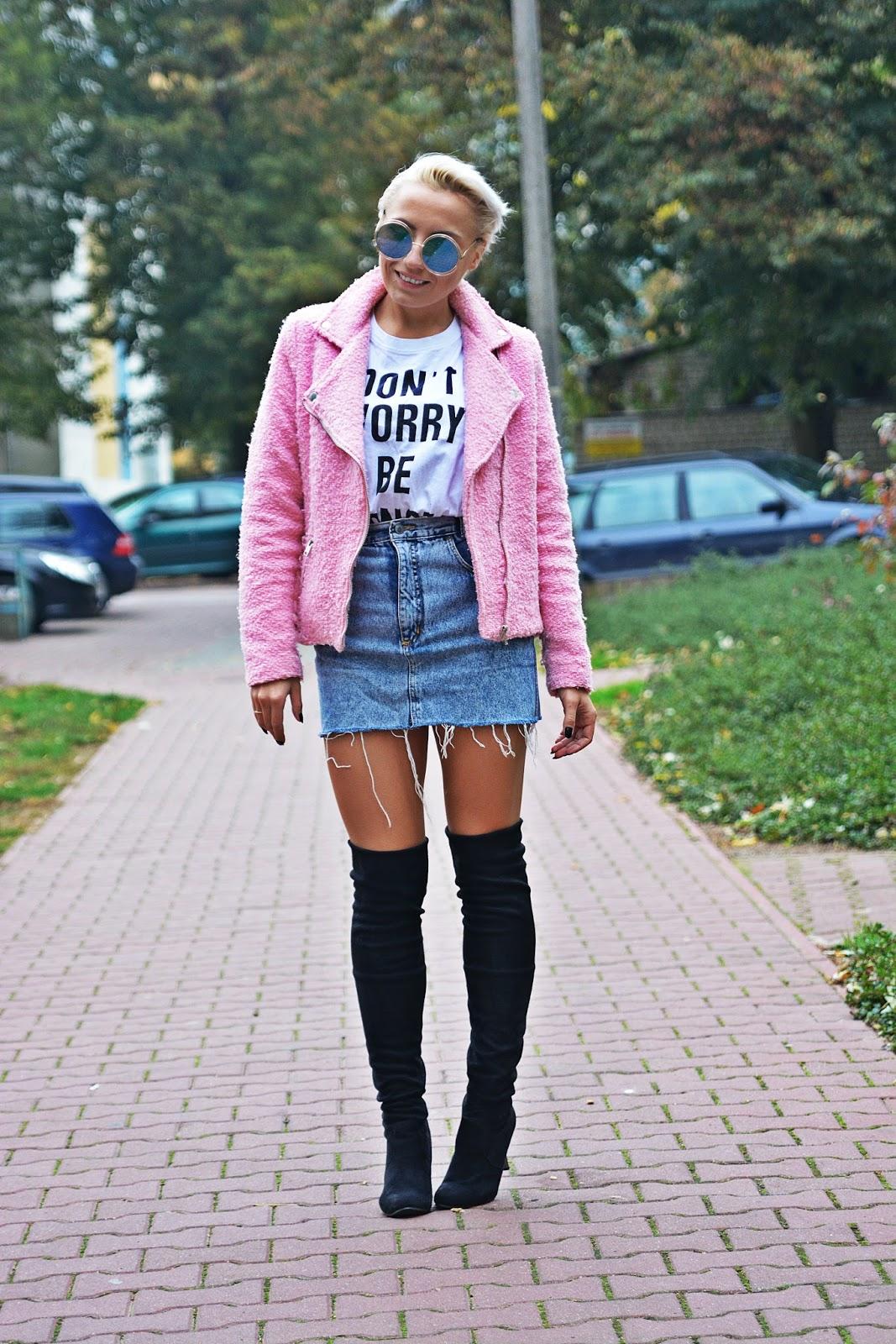 jeansowa_spodnica_rozowa_ramoneska_karyn_15