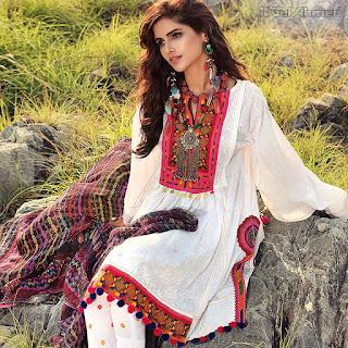 Gul-ahmed-gypsy-lawn-eid-festive-2017-embroidered-dresses-6