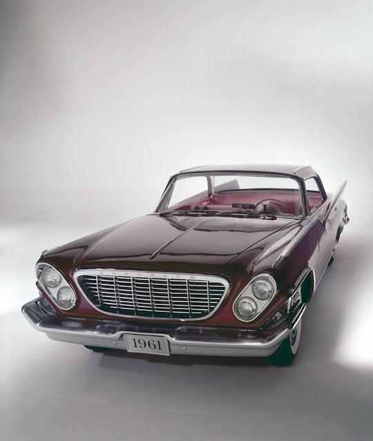 1961. Chrysler New Yorker Hardtop Sedan