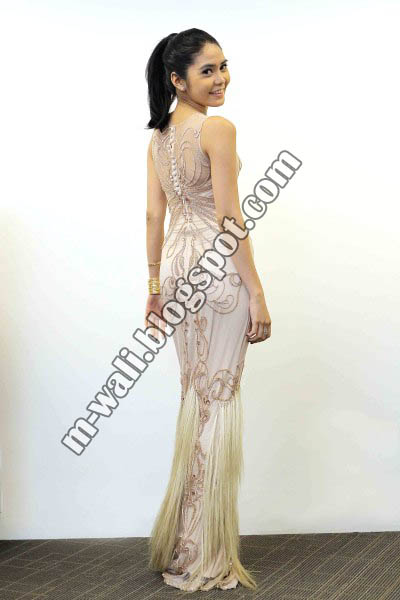 Trend Model Kebaya Modern 2012 Artis Indonesia