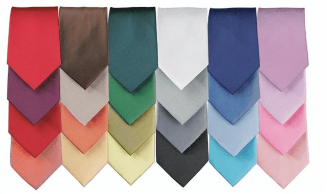 Düz renk kravatlar