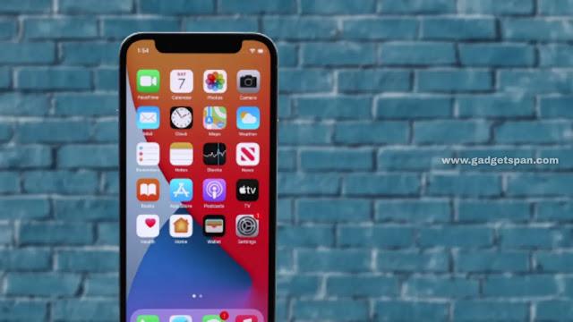 Apple iPhone 12 mini display