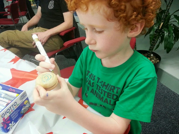 The Imperial War Museum North Summer events for children making a yoyo