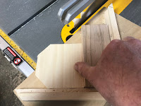 Cutting out the octagon with a jig