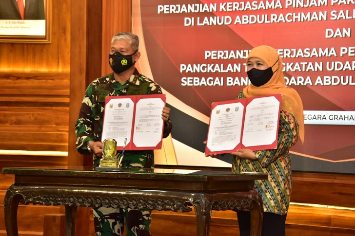 Pangkoopsau II Lakukan Penandatanganan Perjanjian Kerja Sama Dengan Gubernur Jawa Timur