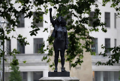 en Ried- Statue of 'Black Lives Matter' in Bristol by Replacing Colston Plinth