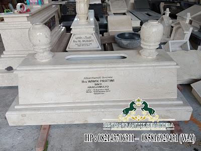 Makam dari Marmer Minimalis