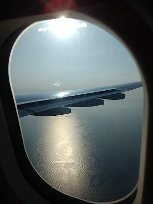 www.viajaportofoelmundo.com.        Fotos desde la ventanilla del avión