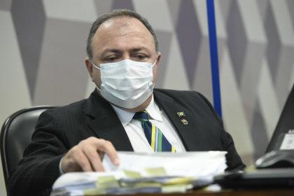 O ex-ministro da Saúde Eduardo Pazuello afirmou à CPI da Covid nesta quarta-feira (19) que o estoque de oxigênio hospitalar em Manaus ficou negativo durante três dias em janeiro