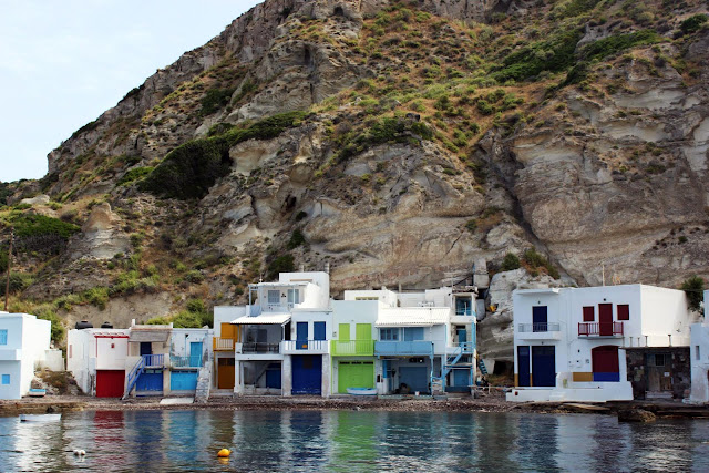Greece, Milos, Klima, white, alleyway, architecture, typology, burst, colour, fishing, village