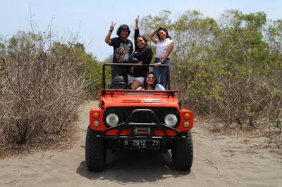 Wisata Alam Taman Gumuk Pasir dan Wisata Jeep Parangtritis