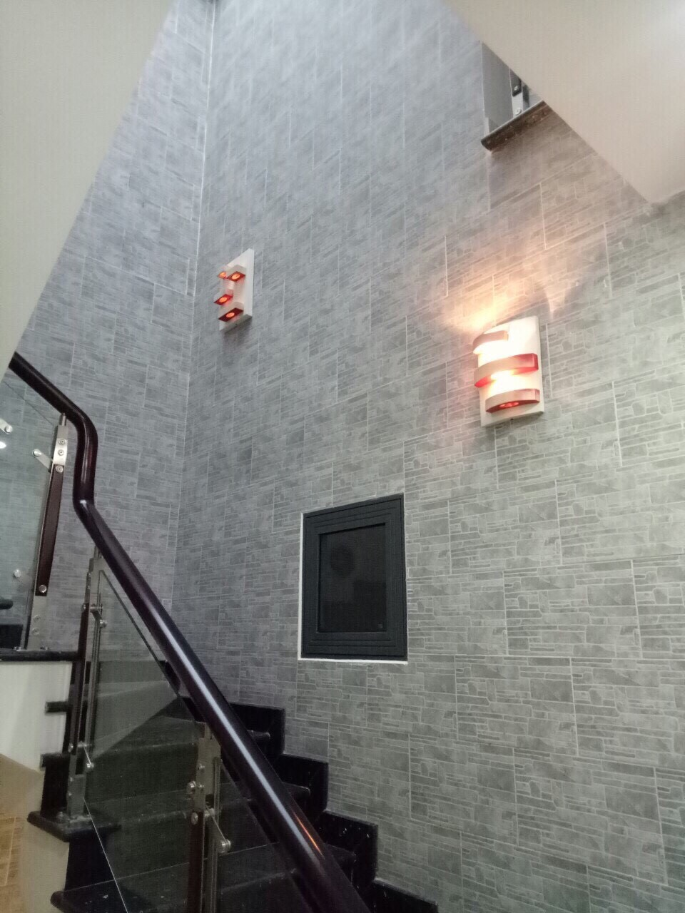 Bán nhà Hẻm xe hơi đường Tô Hiệu phường Tân Thới Hòa quận Tân Phú. Dt 4x14m
