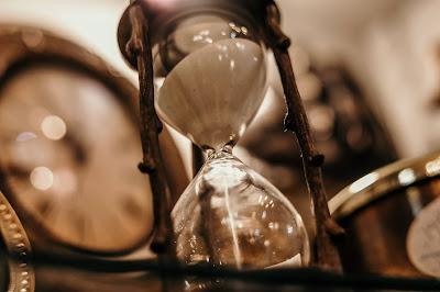 Waktu Adalah Uang Jadi Manfaatkan Sebisa Mungkin Dari Sekarang