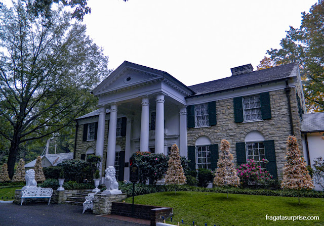 Graceland, a casa de Elvis Presley entre 1957 e 1977