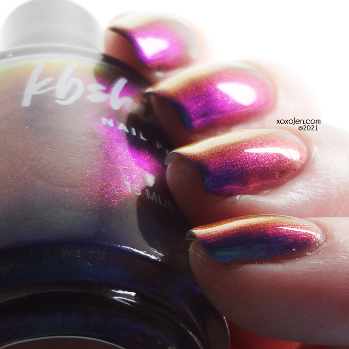 xoxoJen's swatch of KBShimmer No Illusions