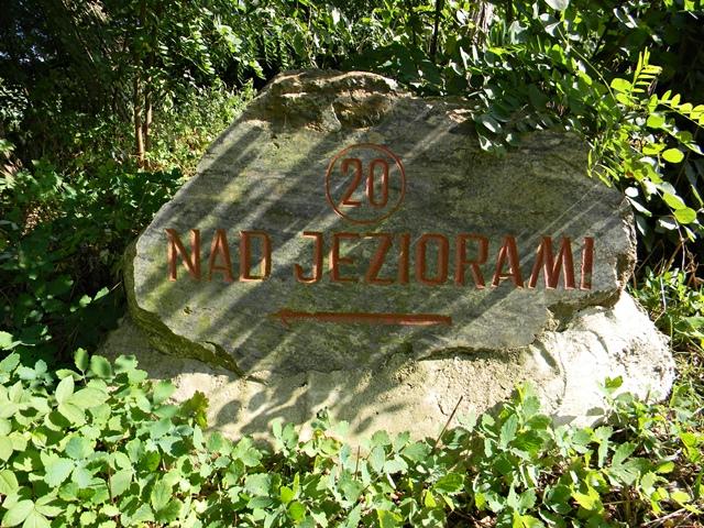 drogowskaz, turystyka, jezioro wojnowskie, kamień