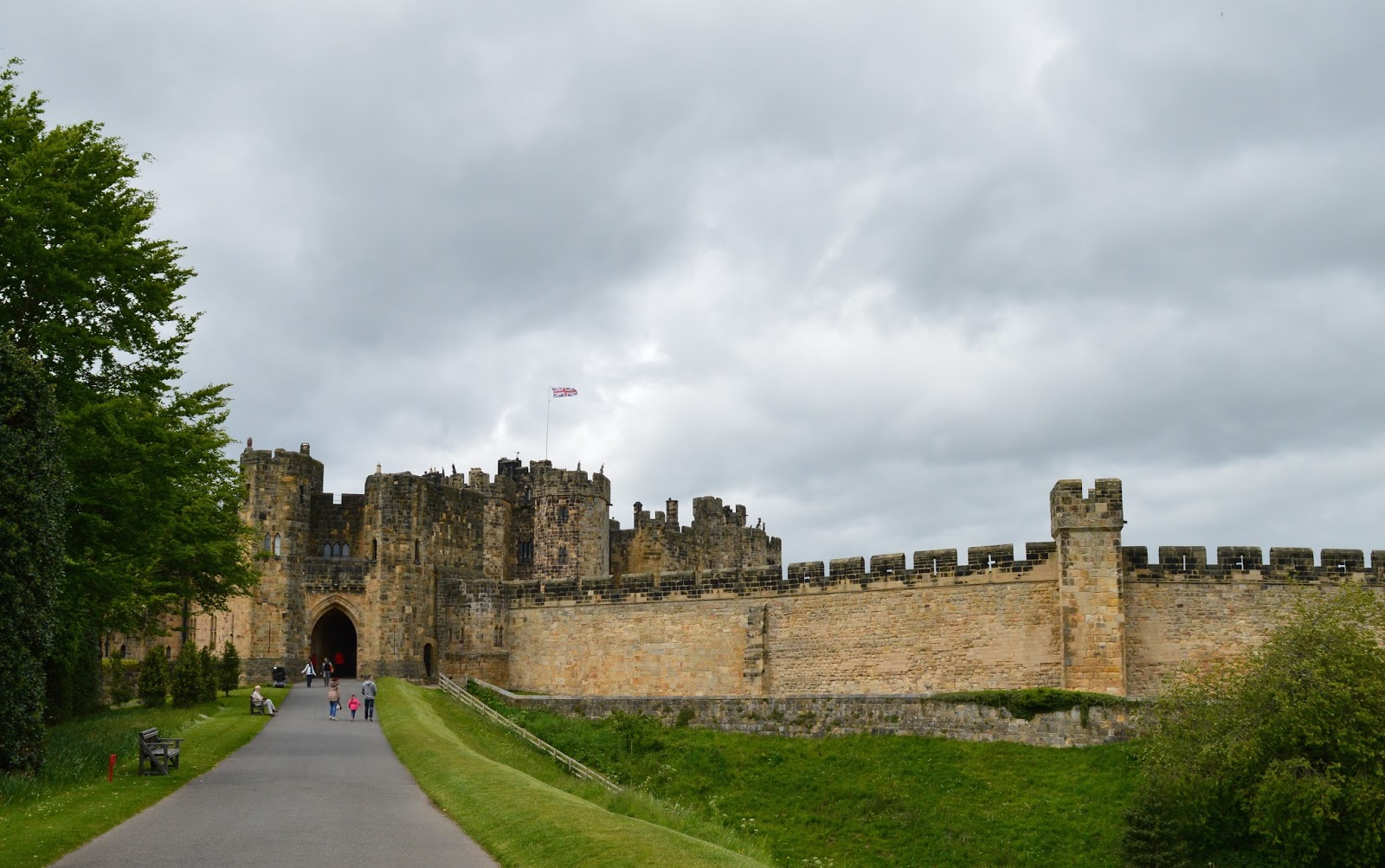 The Best Value Annual Passes for North East England  - alnwick castle