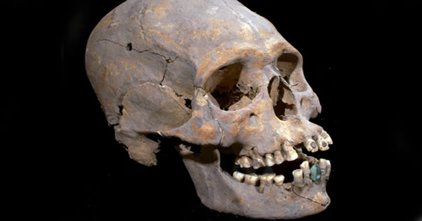 Los restos de una mujer de la aristocracia poseen al menos 1.600 años de antigüedad, además de tener el cráneo alargado e incrustaciones de pirita en los dientes