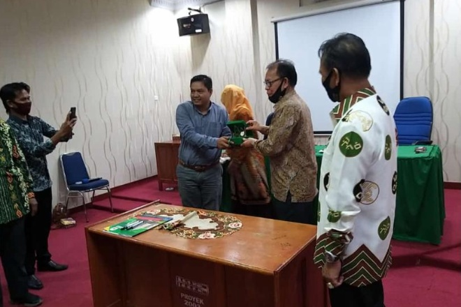 Rektor IAIN Bone dan Klinik Pratama Teken MoU
