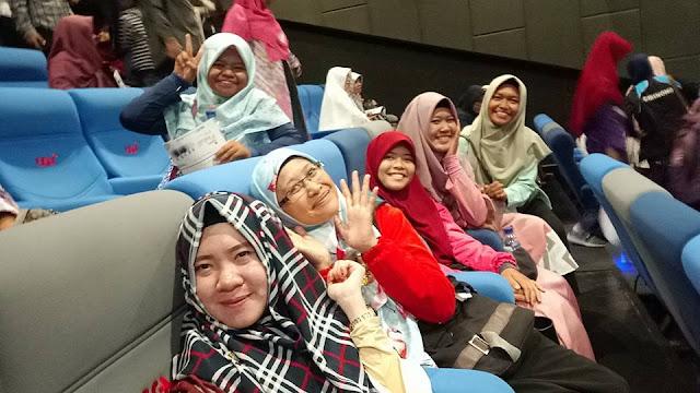 Tapis Blogger Nobar Film 5 Penjuru Masjid di Lampung