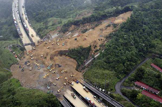 Venezuela Sells Gold Reserves As Economy Worsens