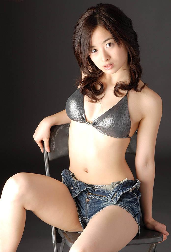hikari yamaguchi sexy bikini pics 05