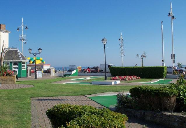 Crazy Golf in Bognor Regis