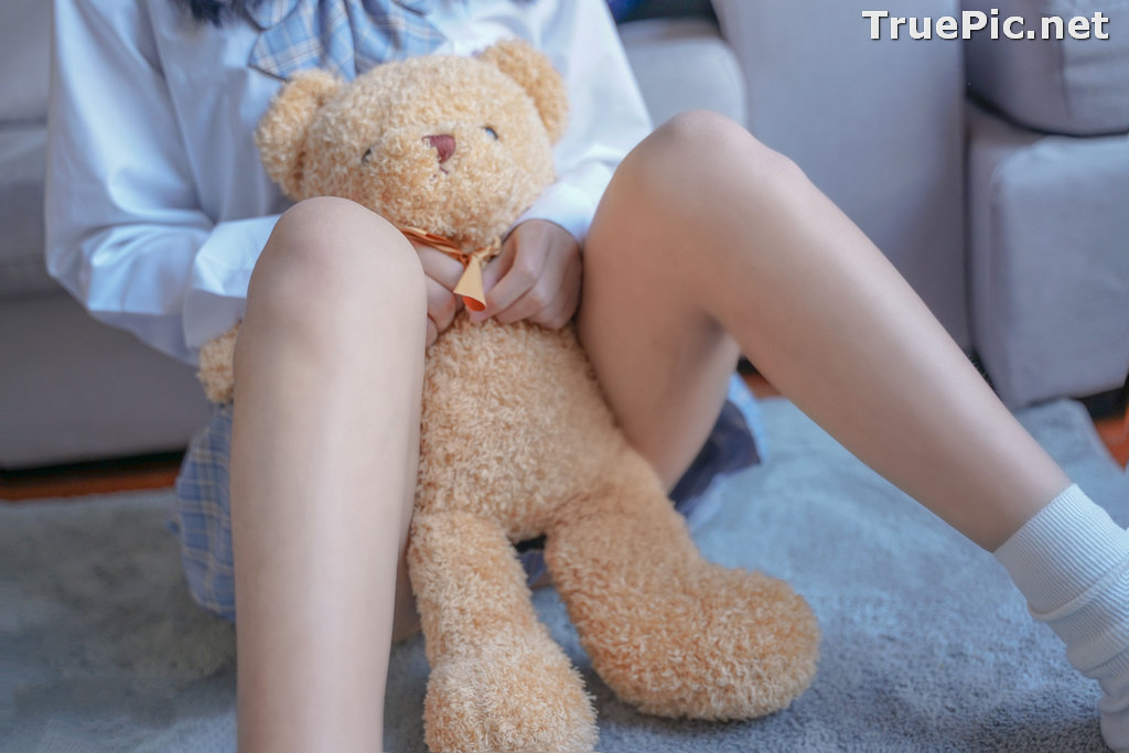 Image [MTCos] 喵糖映画 Vol.047 – Chinese Cute Model – Sexy Student Uniform - TruePic.net - Picture-35