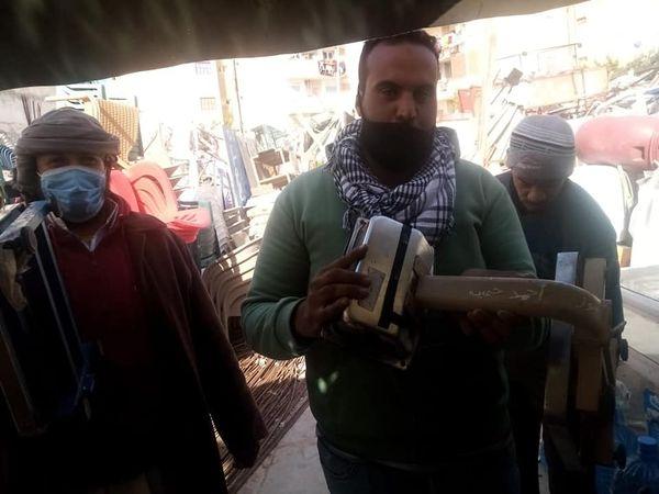 جاب الله يشن حمله مكبرة لإزالة اشغالات الطرق المخالفه للباعه الجائلين