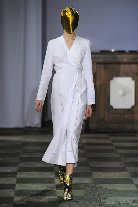 Maison Martin Margiela Haute Couture Spring/Summer 2012 Women's Collection