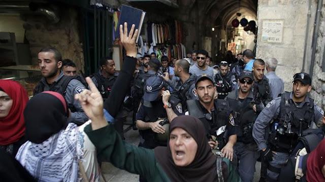 http://1.bp.blogspot.com/-vTVeZFT_QsU/Vi2kZz7TqyI/AAAAAAAAAa0/nazpOEVs0lU/s1600/bentrokan-Al-Aqsha-2.jpg