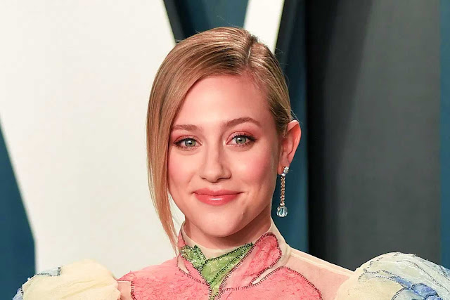 Lili Reinhart New Movie 'Chemical Hearts'
