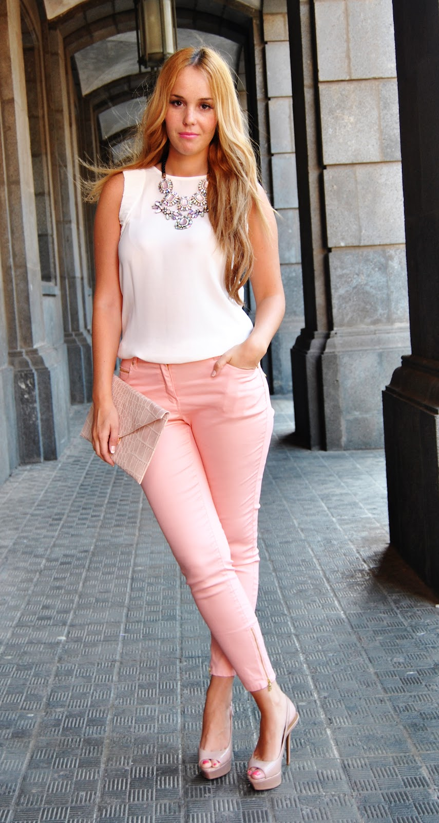 nery hdez, pink pants, zara necklace , pink look