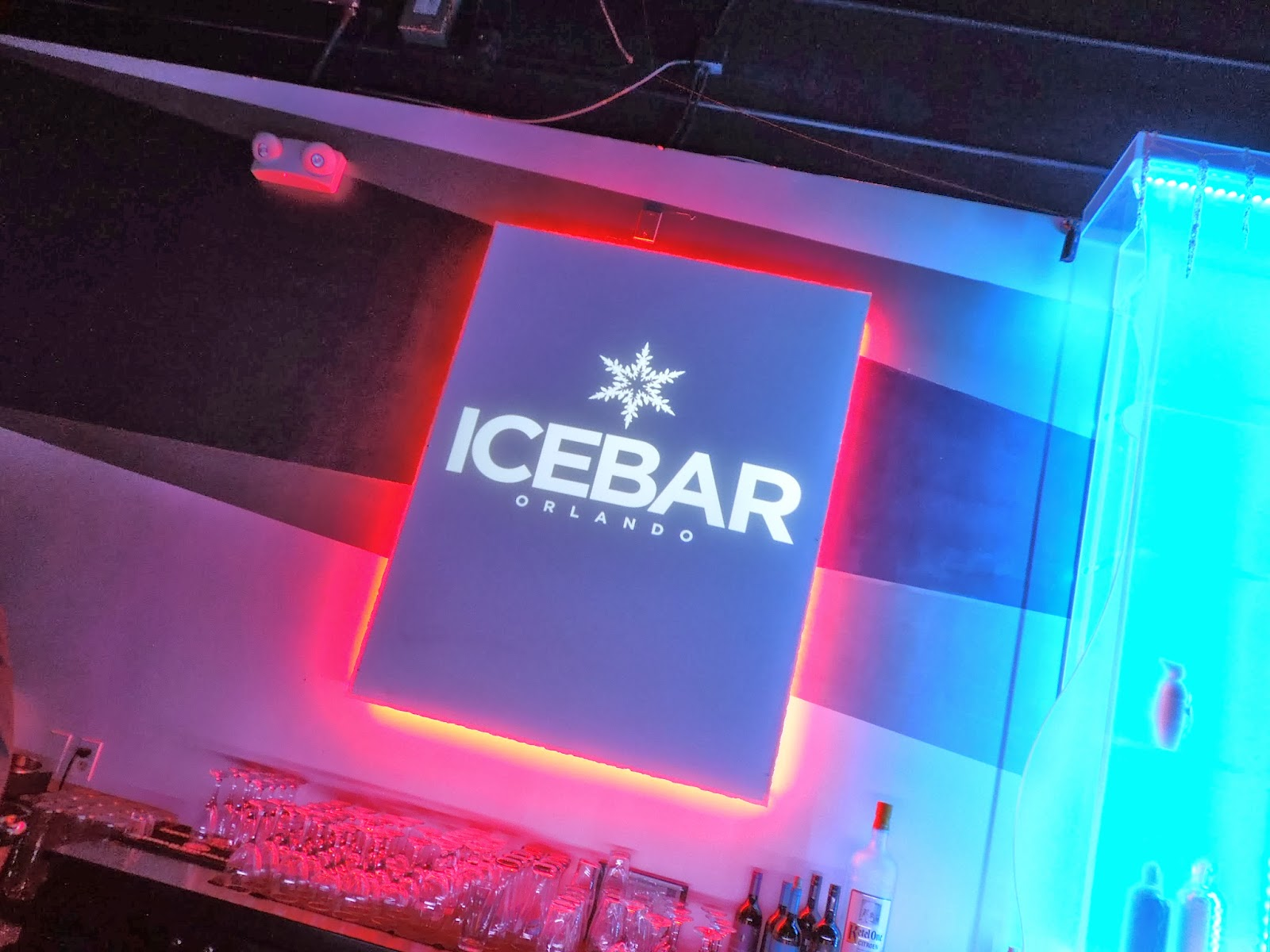 Icebar sign