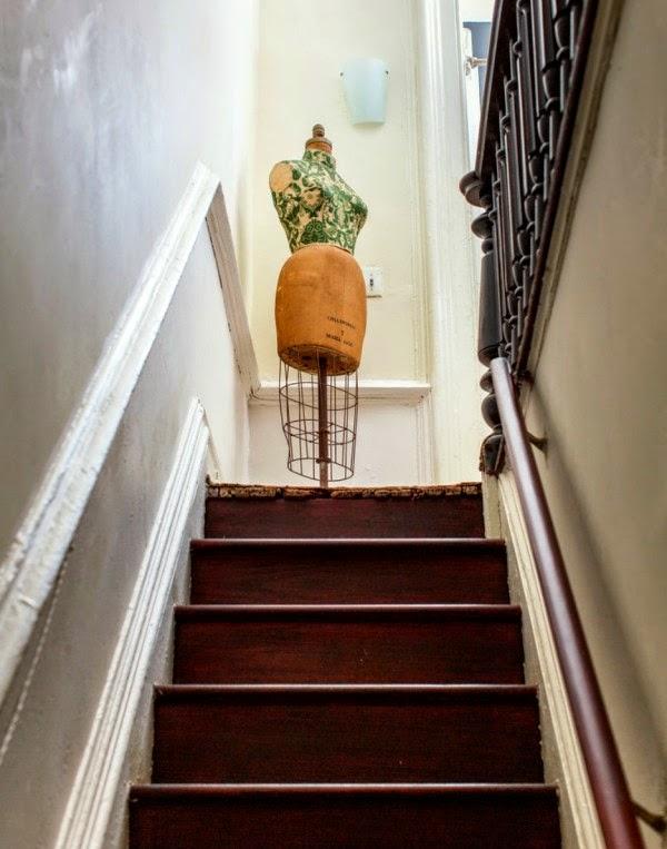 Una decoración ecléctica de lo más sugerente en un apartamento en Brooklyn