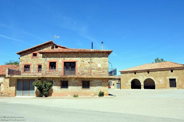 jabaloyas-teruel-plaza-nueva