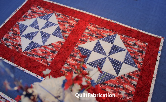 Holiday Star table runner by QuiltFabrication