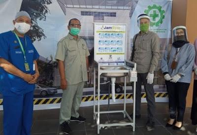 RSUD Provinsi NTB Terima Wastafel Portable dari Jamkrindo Syariah