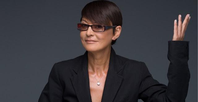 Ирине Хакамада уже 64, а выглядит она на 40! Видео с отдыха