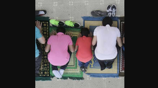 Pengadilan Swedia Izinkan Muslim Sholat di Jam Kerja